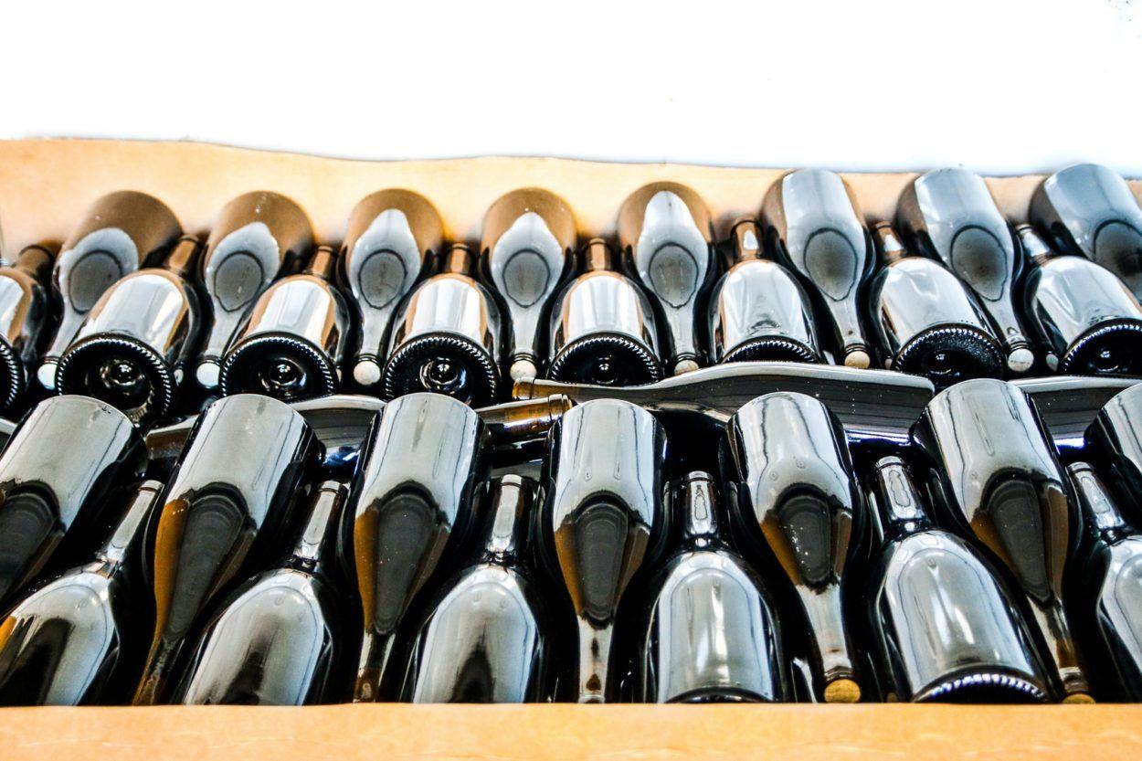 nos vignes, bouteilles de vin