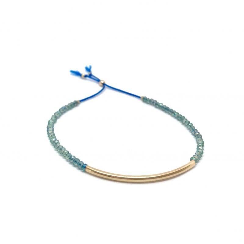 Bracelet en perles facettées bleues