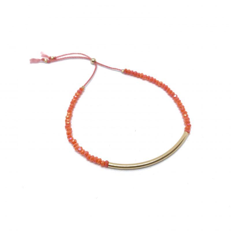 Bracelet en perles facettées corail